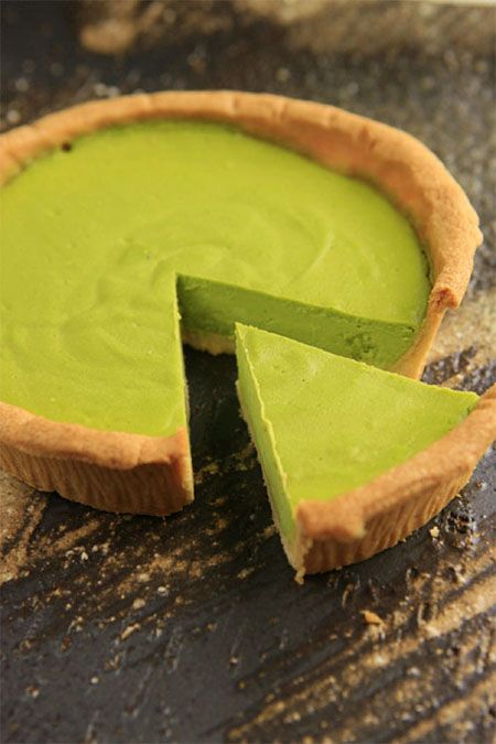 Japanese Matcha Green Tea Cheesecake|抹茶べイクドチーズケーキ:: Recipe in Japanese but can get the idea of using matcha in cheesecakes