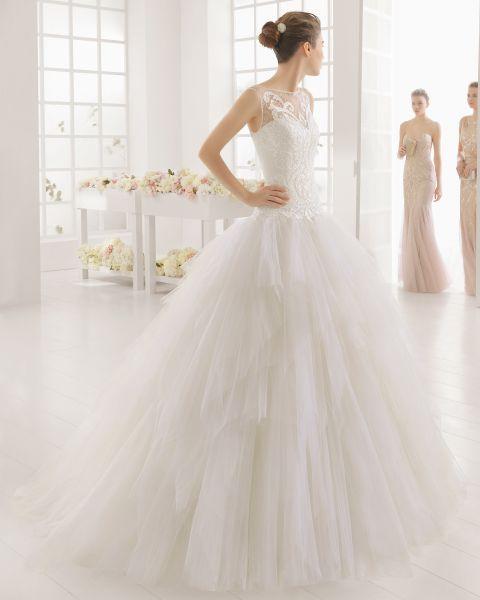 créditos: Vestidos de novia con falda voluminosa 2017