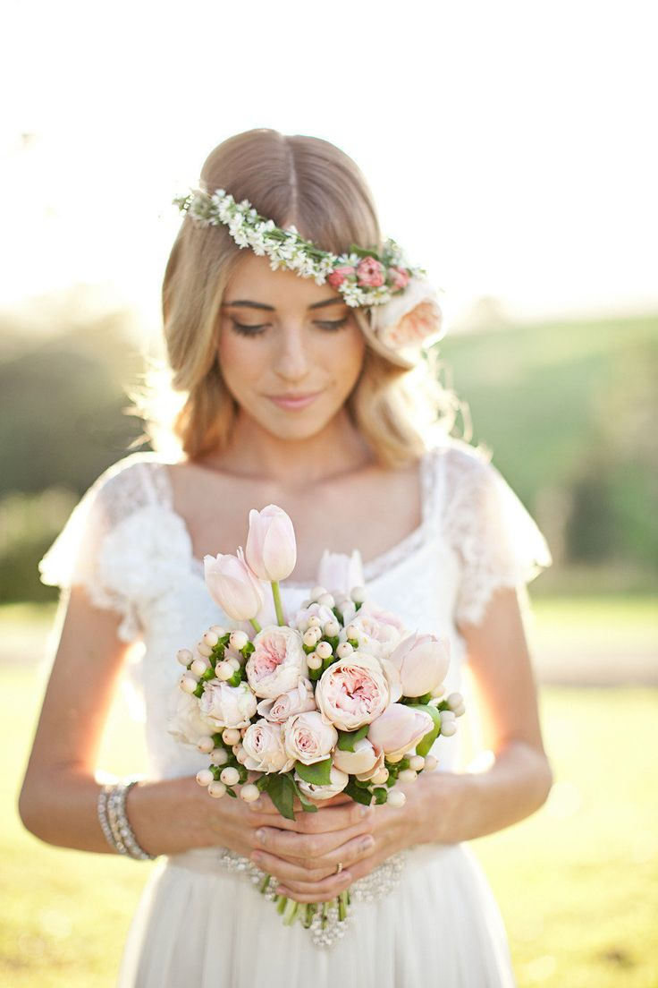 blush pink bouquet and flower crown