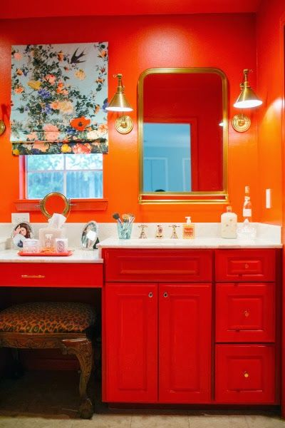 A Beverly Hills Hotel Inspired Bathroom By Bailey Mccarthy Bathroom Inspirationorange Bathroomssmall