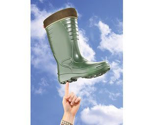 Expert Verdict Ultra-Light Wellies, Mens, Size 6, Rubber Far lighter than standard rubber boots, these men's wellies are made of EVA and are some of the most comfortable we've ever worn. Their one-piece shells are completely waterproof, with thermal linings http://www.MightGet.com/march-2017-1/expert-verdict-ultra-light-wellies-mens-size-6-rubber.asp