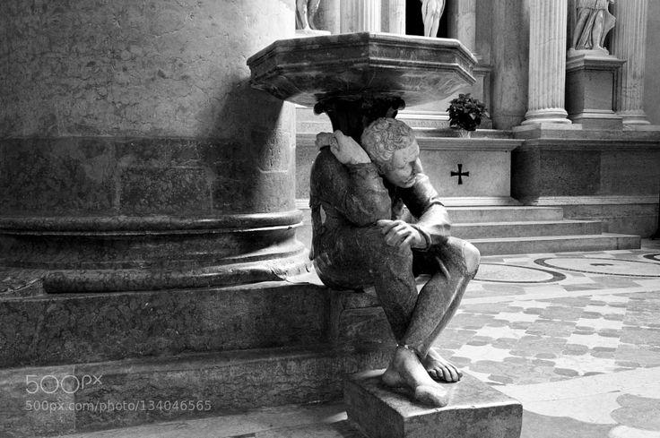 SANT'ANASTASIA - Verona  - Pinned by Mak Khalaf chiesa di sant'anastasia a Verona particolare dell'interno - Italia. Performing Arts  by nikkor80