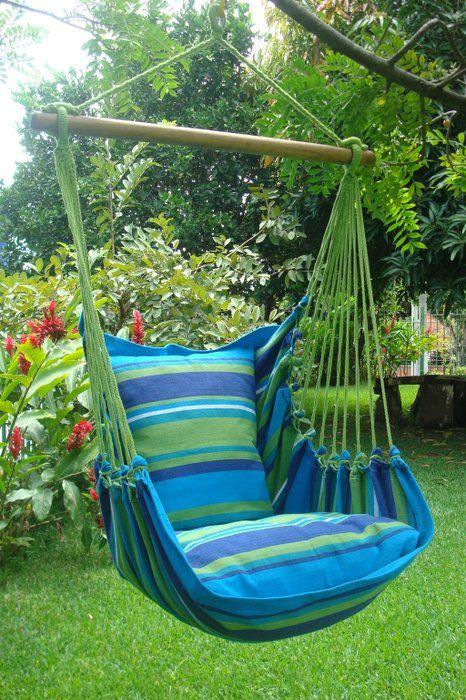 Mooie blauwe hangstoel