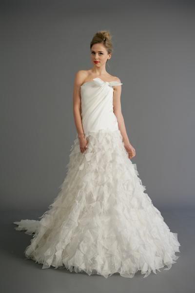 Robe de mariée avec bustier organza