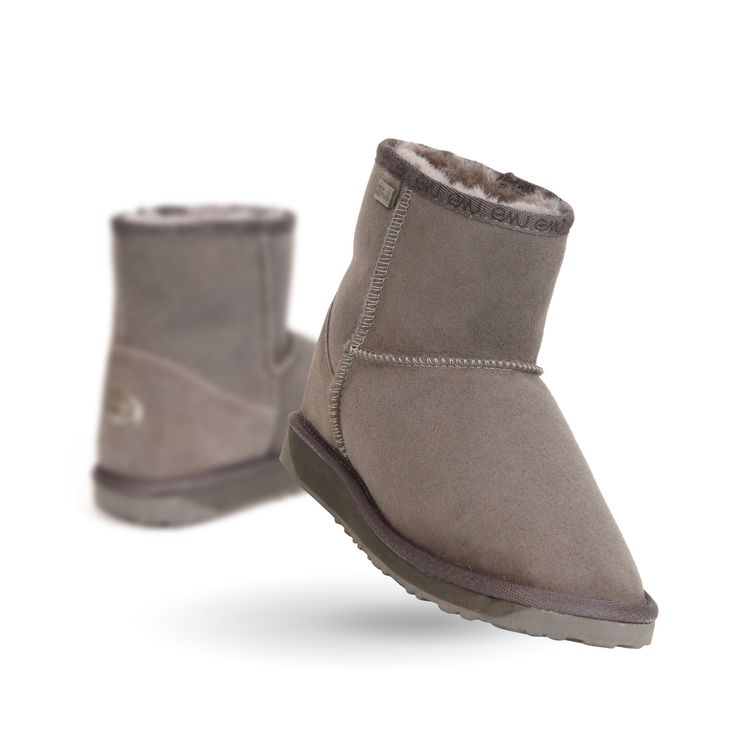 Platinum Stinger Mini Mens Sheepskin Boot- EMU Australia#q=stinger&start=1