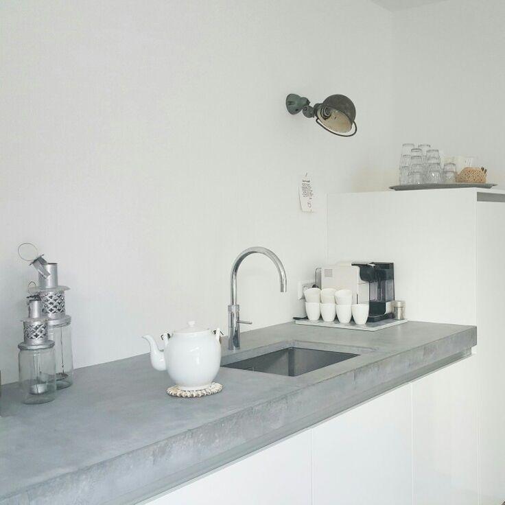 Concrete counter top @thuisbijsuus #keukenbladen #aanrechtbladen #maatwerkbladen