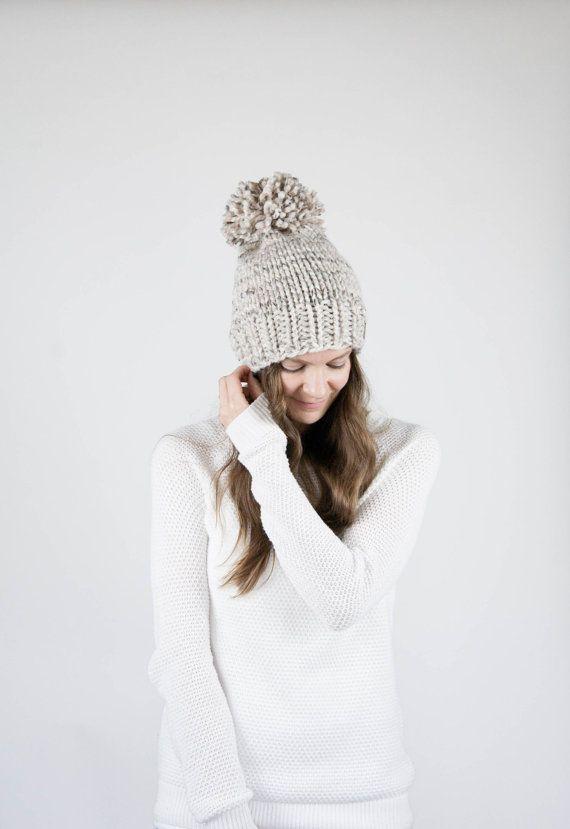 Pattern / Ozetta Simple Knit Hat With Pom Pattern by ozetta
