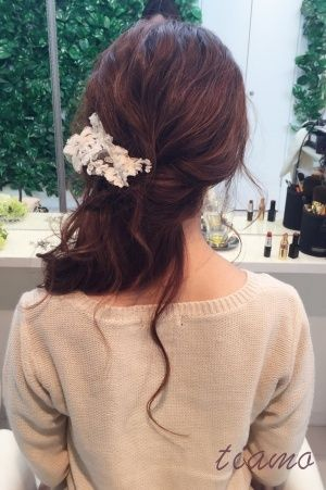人気の挙式シニヨン→春らしいふわふわダウンにチェンジのCUTE花嫁さま♡ の画像|大人可愛いブライダルヘアメイク『tiamo』の結婚カタログ