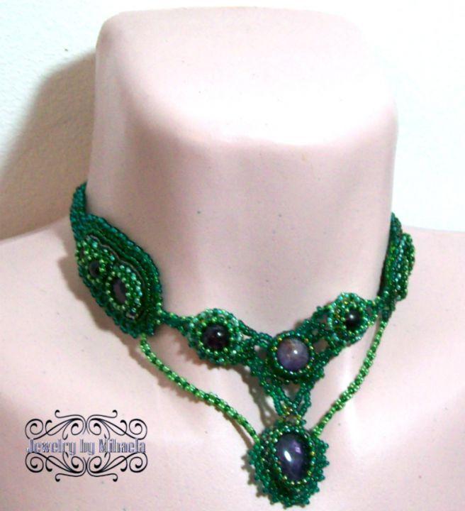 170 LEI | Coliere handmade | Cumpara online cu livrare nationala, din Braila. Mai multe Bijuterii in magazinul Puritate pe Breslo.