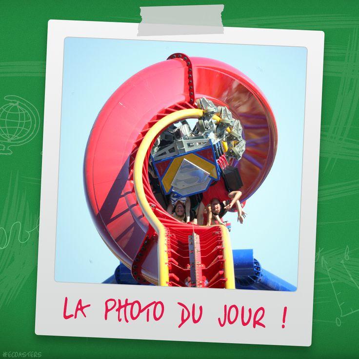 Superman Ultimate Flight - Six Flags Discovery Kingdom (USA) #superman #supermanultimateflight #sixflags #SFDK #sixflagsdiscoverykingdom #premierrides #rollercoaster #montagnerusse #achterbahn  #grandhuit #themepark #ecoasters #ecoaster #rollercoasters #amusement #amusementpark #thrill #fun #awesone #freizeitpark #photooftheday #picoftheday #travel #parc #attraction #parcattraction #coastersofinstagram #coaster #ride #followme More on : blog.e-coasters.com -- www.e-coasters.com