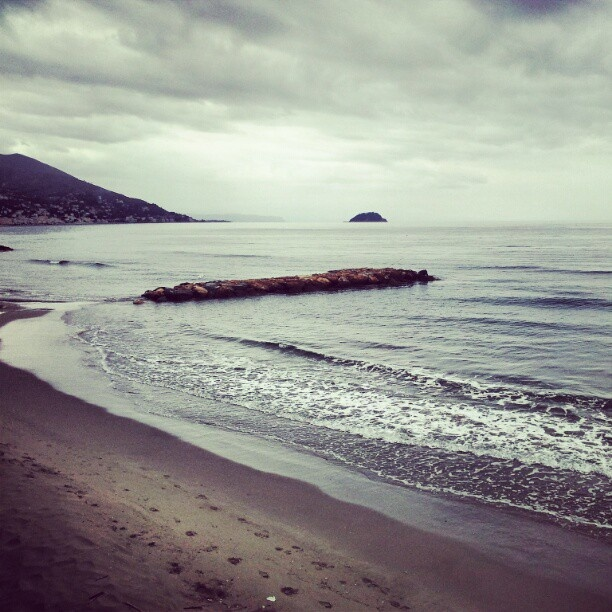 Laigueglia (Italy) - April Sea 2012