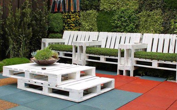 Mueblesdepalets.net: Set de butacas y mesa con palets para el jardín