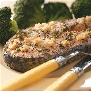 http://cdn2.tmbi.com/TOH/Images/Photos/37/300x300/Lemon-Garlic-Salmon-Steaks_exps35538_TH1193306C10_03_5bc_RMS.jpg