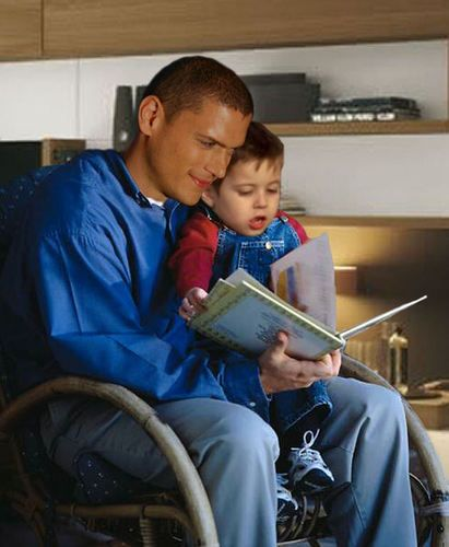 Michael Scofield with his little son MJ - Wentworth Miller Photo (15837730) - Fanpop