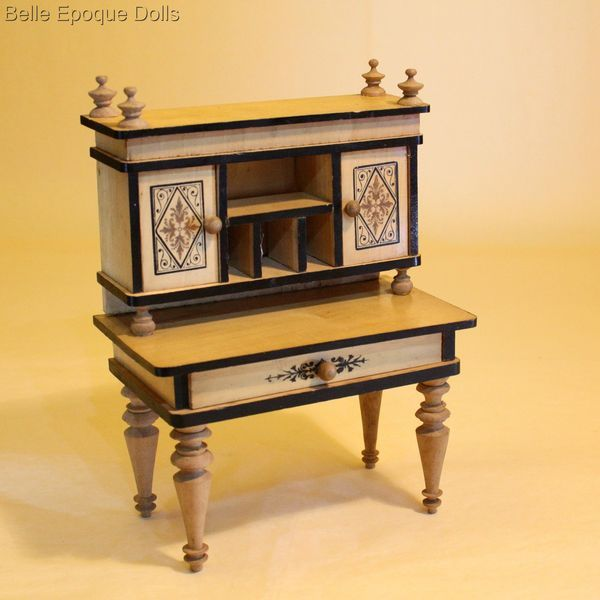 Antique Dolls House Furniture / Wonderful German Wooden Dollhouse . - 154 Best DOLLHOUSE Antique Furnishings And Accessories Images On