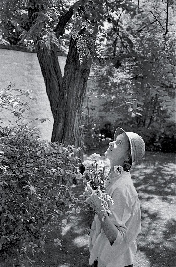 The Eloquence of Silence - In her final interview, the intensely private heiress Rachel 'Bunny' Mellon opened the doors to her legendary Virginia estate and the unparalleled treasures of her lifetime.