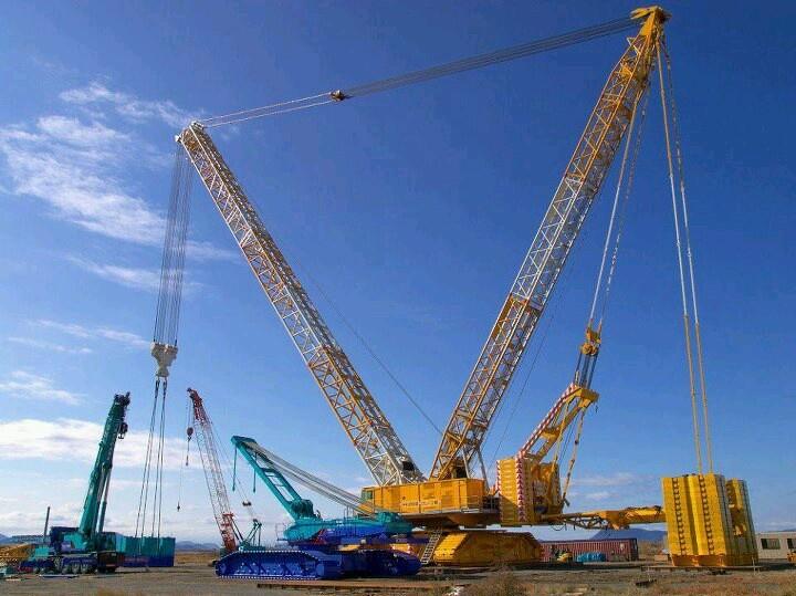 Terex CC8800 crane