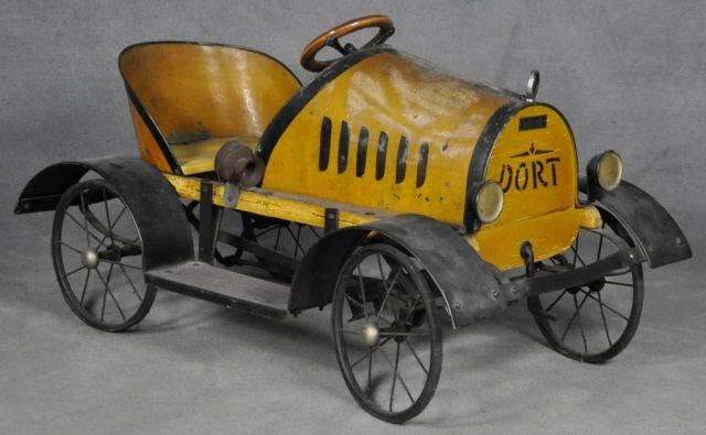 Lot 115: Dort Pedal Car - Farmer Auctions   AuctionZip