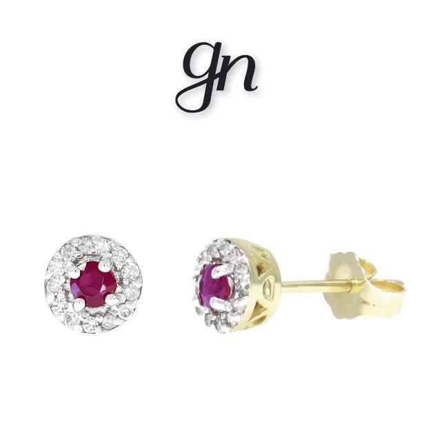 Studs de rubí con diamante, discreto y elegante toque. Oro 14k. | Conoce más. facebook.com/joyeriagn/