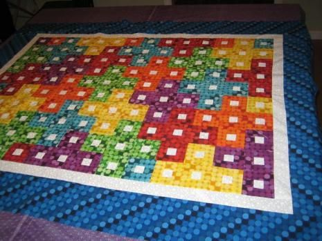 Tetris Baby Quilt Pattern | This fun baby quilt is a great geek chic gift idea for parents-to-be!