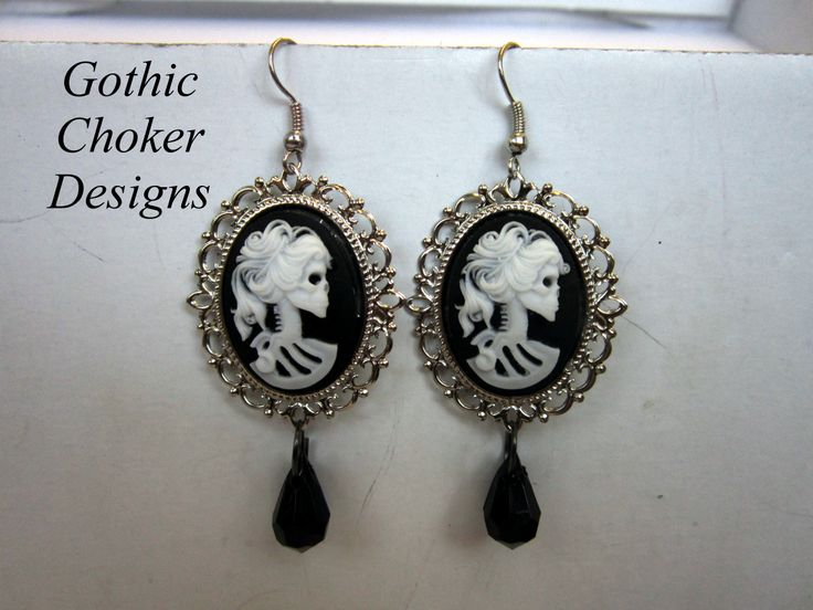 Gothic skeleton lady cameo earrings.  R100 Purchase here:  https://hellopretty.co.za/gothic-choker-designs/black-and-white-skeleton-earrings