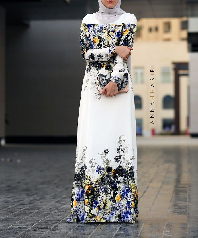 DARA DRESS 24% OFF Long-sleeved dress with trendy floral prints, made of 100% natural viscose fabric. Amazing dress! So beautiful and goes with everything. Fast shipping. Amazing customer service!! - Meliha C. ANNAH HARIRI #fashion