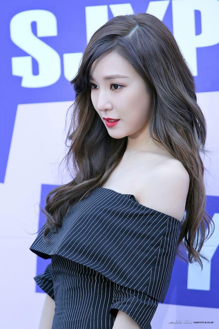 소녀시대 :: 티파니 Tiffany                                                                                                                                                                                 More