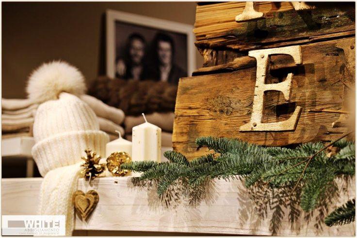 Un tocco di #bianco  #moda, #fashion, #berretto, #donna, #White, #Natale