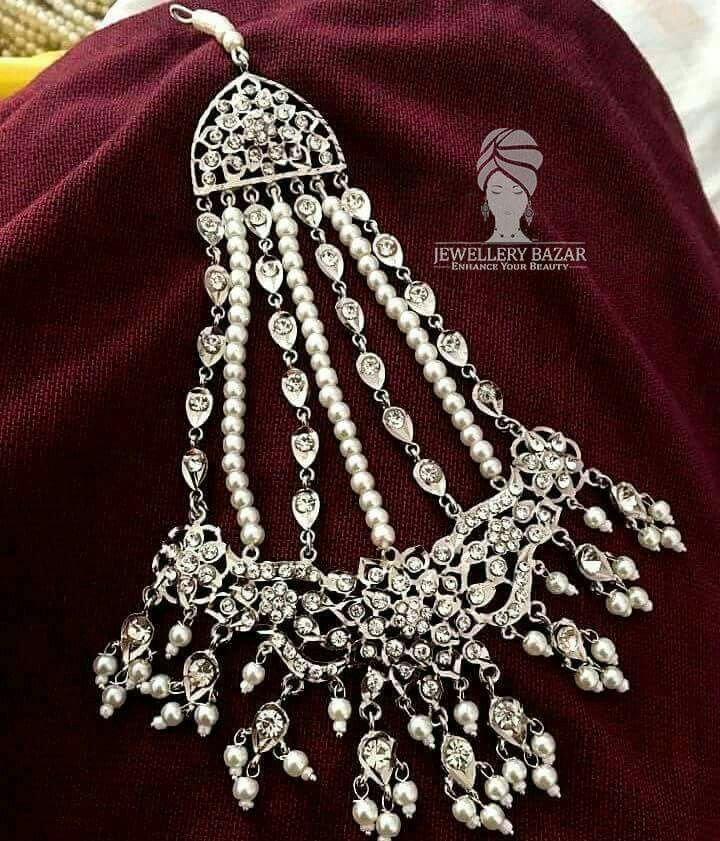 #SilverBased#StonesStudded#Hyderabadi#Jhumar  Available in different colors and designs CODE: ET 013 Price: 2200 #Cashondelivery For placing your order inbox or CALL us at: 0312-8748677 Whatsapp: 0345-2613601