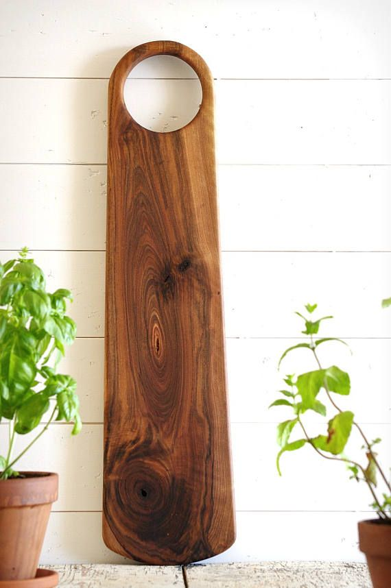 Tight, modern, heavy and very delicate! That is where this XXL- beauty is about... A pearl for your homestead and kitchen or as a startling gift. Its my pleasure, to create my boards with the use of very novel species of wood which are a bit challenging to find. All the wood used is