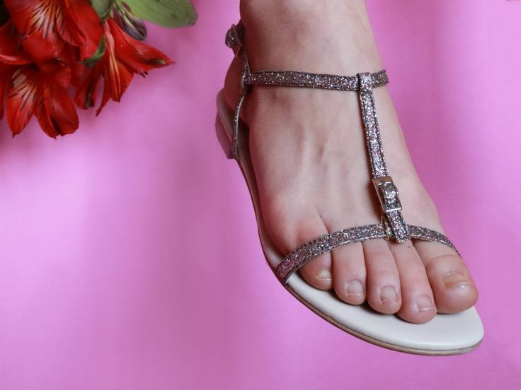Designed and made with ethics, this is what Scotti's style is all about. Riva: code word Glamour! It is a sandal with a minimal lines design that is perfect for both elegant or more casual outfits. Handcrafted in Italy and 100% cruelty free. #veganshoes