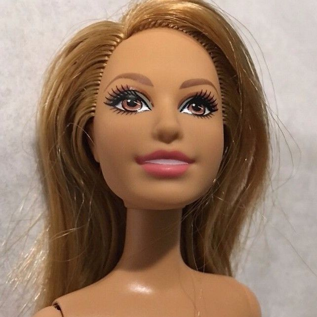 162 Best I M Selling My Beautiful Barbies Images On Pinterest
