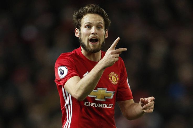 Manchester United transfer news: Daley Blind could be heading for the exit