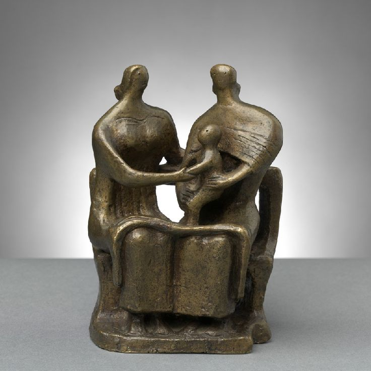 Two Seated Women & a Child - Henry Moore