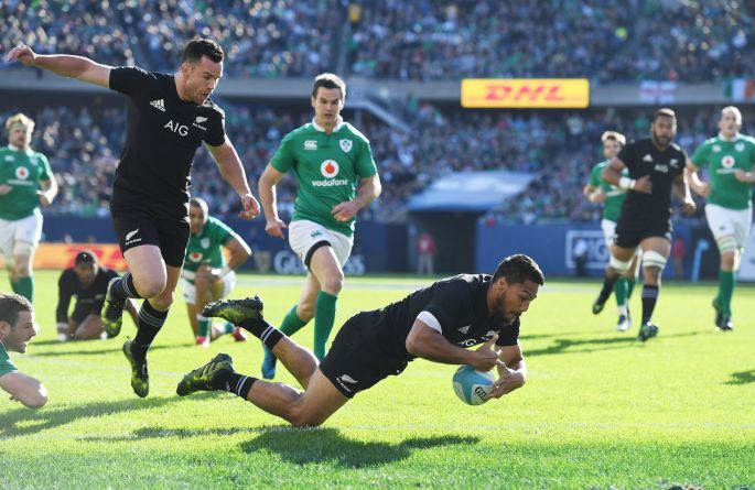 New Zealand's George Moala scores their first try. Photo: Andrew Cornaga/Inpho