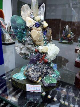 Уральский сувенир из камня