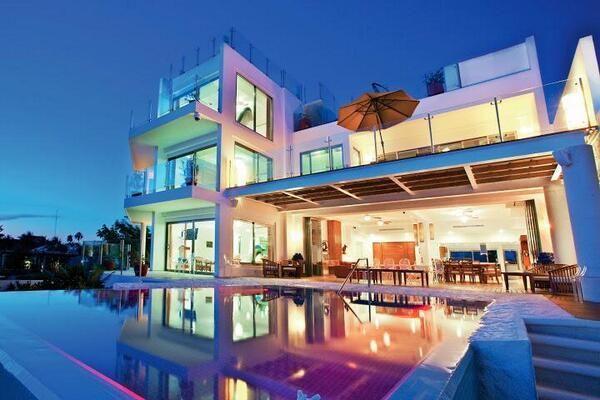 3 story dream. ` '