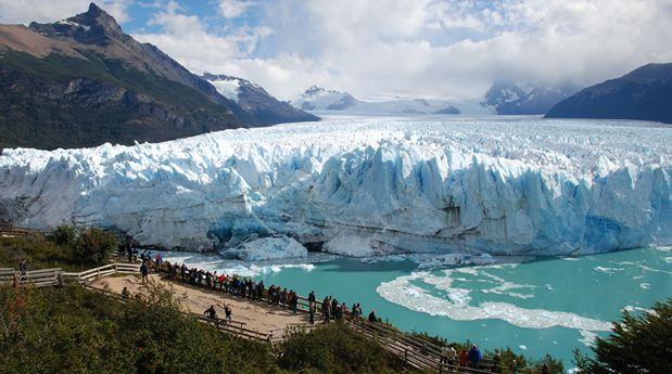 Glaciar Perito Moreno - CHALTEN, pueblo a 300Km del Calafate.- ..El Calafate, Cdad. ubicada en  ribera meridional del lago ARGENTINO, Reg. Patagonia,  Provc.Santa Cruz, Argentina, a80 km de Glaciar Perito Moreno