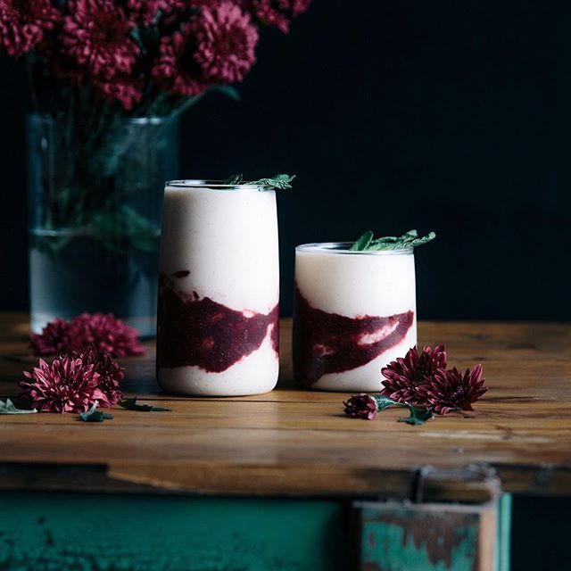 banana, vanilla, blackberry & mint smoothies!! putting the final touches on this weeks new recipe, coming soon to the G&F site! stay tuned friends. ash x #gatherandfeast