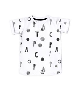 Poco Letter Tshirt for kids #kidstee #kidstshirt #cutekidsstyle #monochrome #kidsfashion #kids #ecofriendly #tshirt #design #blackandwhite #illustartion #fashionart #print #coolprint #ekologiczne