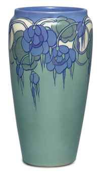 ROOKWOOD POTTERY  A VELLUM-GLAZED EARTHENWARE VASE, CIRCA 1930