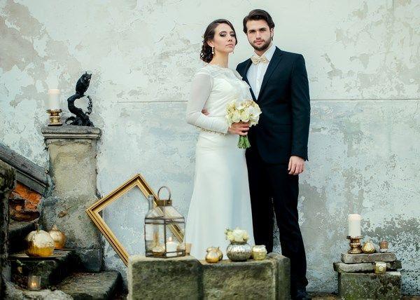 złota sesja ślubna, złote dodatki na ślub wesele i sesję ślubną