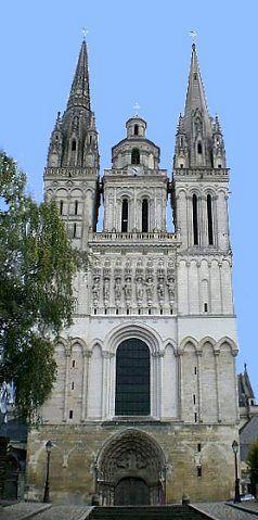 Angers La façade de la cathédrale Saint-Maurice