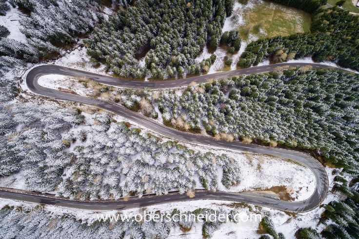 "Two Seasons - Aerial image captured with a DJI Phantom 4 Pro. Image available for licensing.  Order prints of my images online, shipping worldwide via  <a href=""http://www.pixopolitan.net/photographers/oberschneider-christoph-a6030.html"">Pixopolitan</a> See more of my work here:  <a href=""http://www.oberschneider.com"">www.oberschneider.com</a>  Facebook: <a href=""http://www.facebook.com/Christoph.Oberschneider.Photography"">Christoph Oberschneider Photography</a> follow me on <a…"