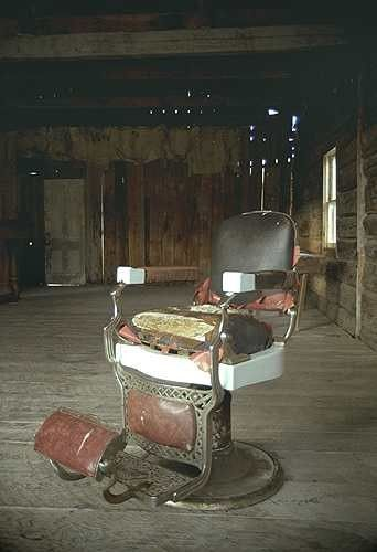 Man Cave Barber Oran Park : Best images about barber chairs on pinterest antiques