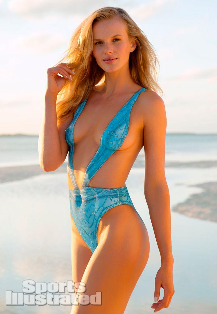 LifestyleBay: Anna Paquin hot