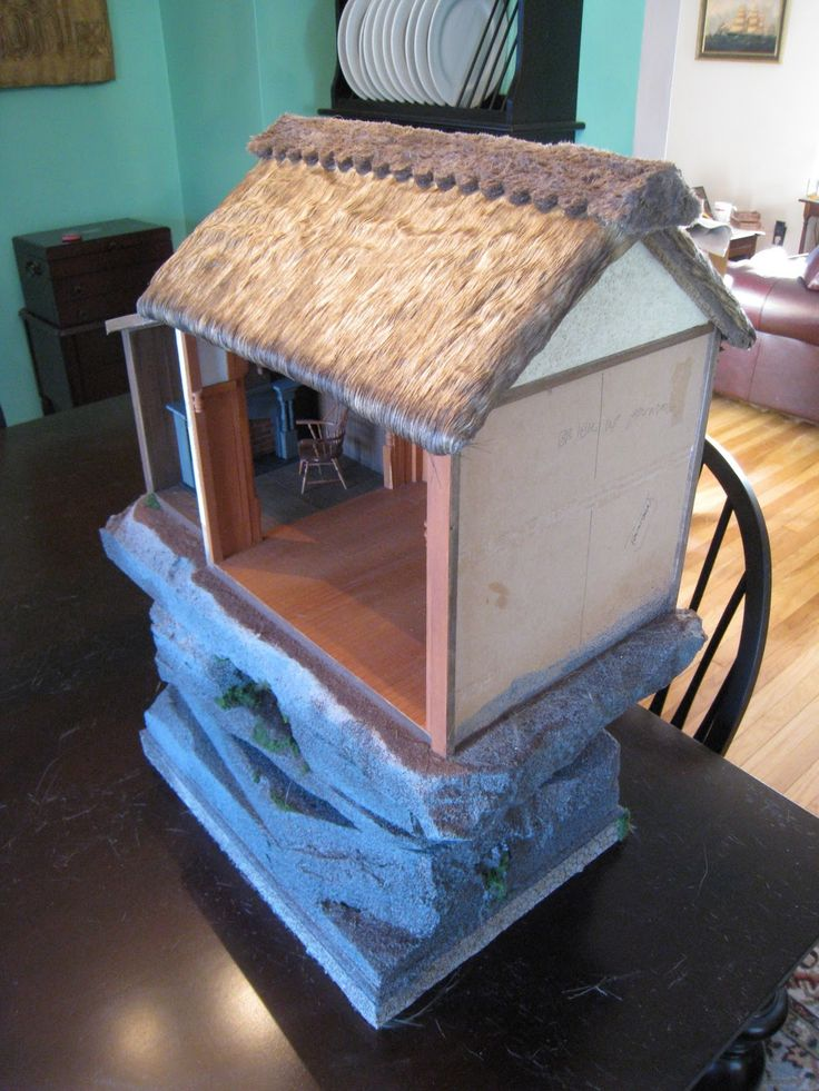 Glorious Twelfth: How To Make A Really Authentic Dollhouse Miniature  Thatched Roof