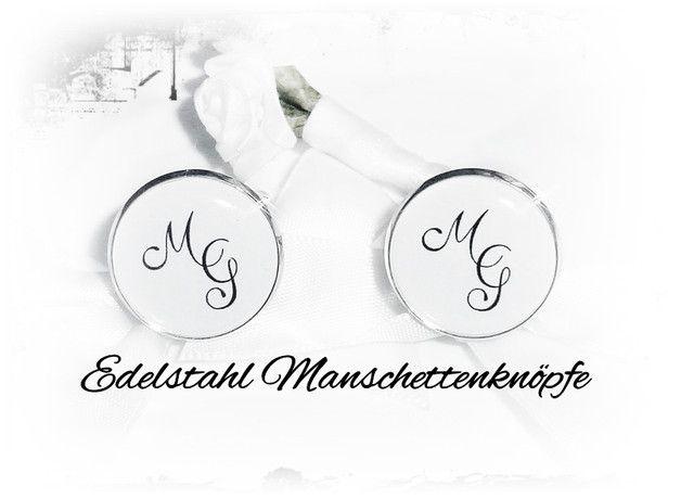 **Edelstahl-Manschettenknöpfe mit        ihrem Monogramm   Buchstaben bei Kauf bitte angeben!  Meine Manschettenknöpfe werden immer in schöner Schmuckbox verpackt geliefert! Auch in schwarz...