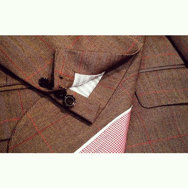 Handsomely detailed made-to-measure jacket by Rex in our Wellington branch.  #jacket #red #tailored #bespoke