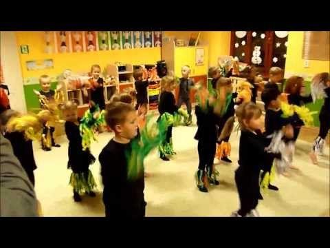 """Waka Waka - taniec (Przedszkole """"Bajlandia"""" w Cieszynie) - YouTube"""